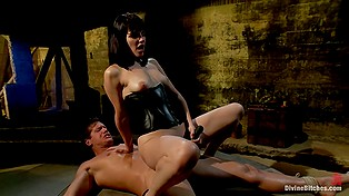 Dominatrix always gets what she wants even if it takes her to be scored by tied up male