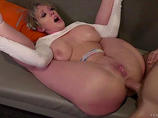 Housewife with short hair Dee Williams roughly drilled in asshole by her new inked inamorato
