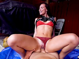 Farmer's stepdaughter Aidra Fox obtains the opportunity to earn money for fuck on camera